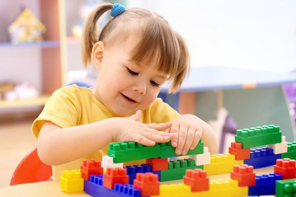 Возрастные особенности детей 3-4 лет: консультация для родителей