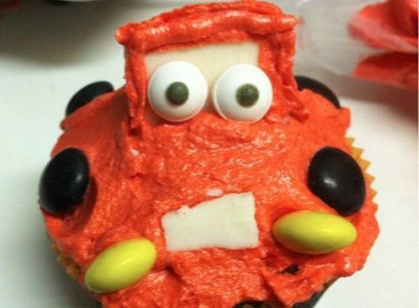 20 странных тортов, которые заставят плакать любого именинника.
