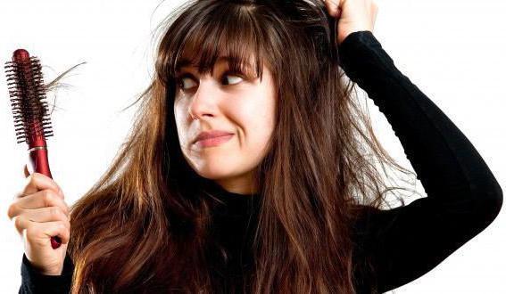 Выпадают волосы: каких витаминов не хватает, как остановить выпадение волос? Рекомендации трихолога