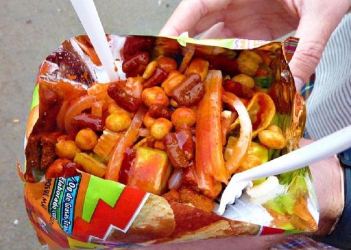 Что едят посетители кинотеатров в разных странах мира
