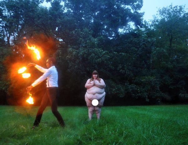 «Толстая любовь»: чувственный фотопроект о любви, доказывающий, что ей покорны не только все возрасты, но и килограммы.