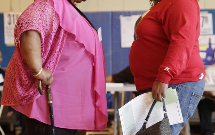 Людям, которых осуждают из-за лишнего веса, труднее заняться спортом