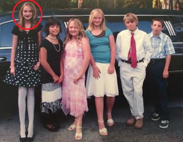Девушку слева в школе дразнили жирафом. Теперь, 8 лет спустя, все мечтают сделать с ней фото!