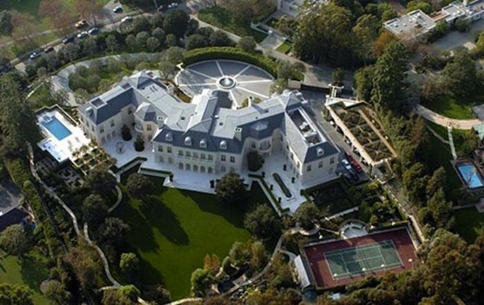 Красиво жить не запретишь: топ-10 самой дорогой недвижимости знаменитостей