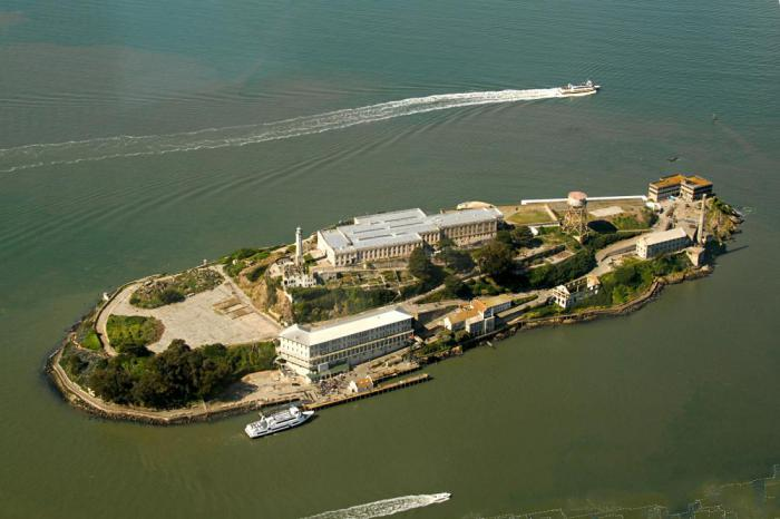 Alcatraz Island Light  Wikipedia