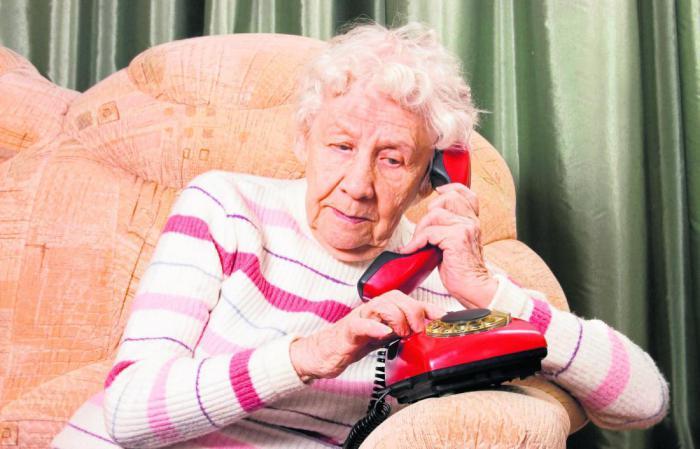 Общение с пожилыми должно быть осторожным