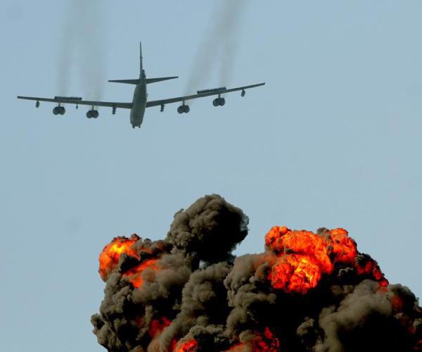 Б-52, бомбардировщик (Boeing B-52): описание, технические характеристики, вооружение