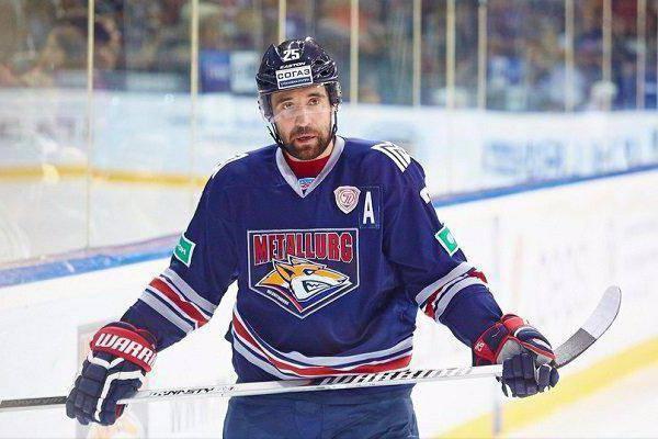 Данис Зарипов - успешный российский хоккеист