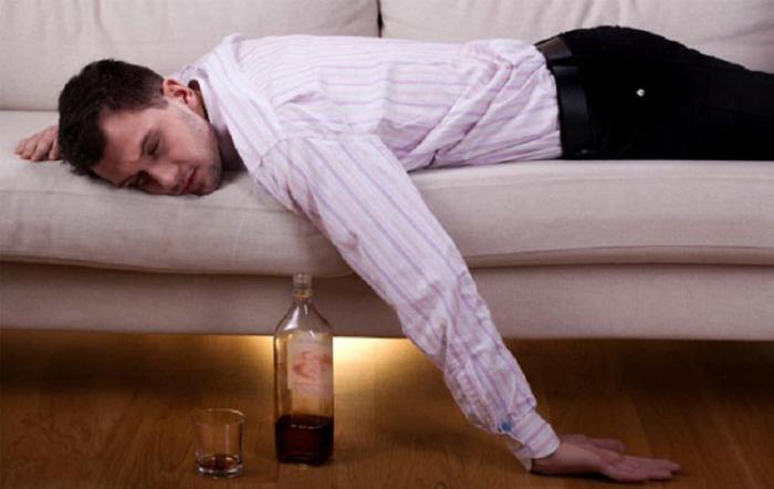 Почему после алкогольных излишеств наутро мы просыпаемся очень рано?