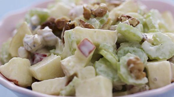Вальдорфский салат: рецепт приготовления, ингредиенты