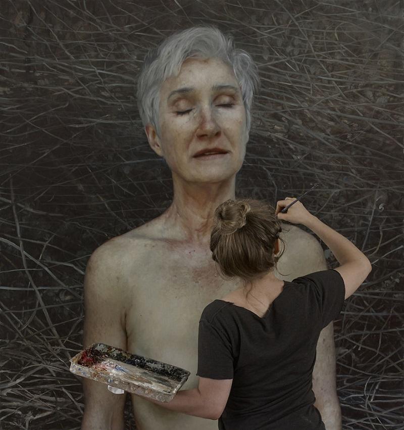 Провокационные голые портреты этой художницы показывают, как выглядит неидеальное тело человека.