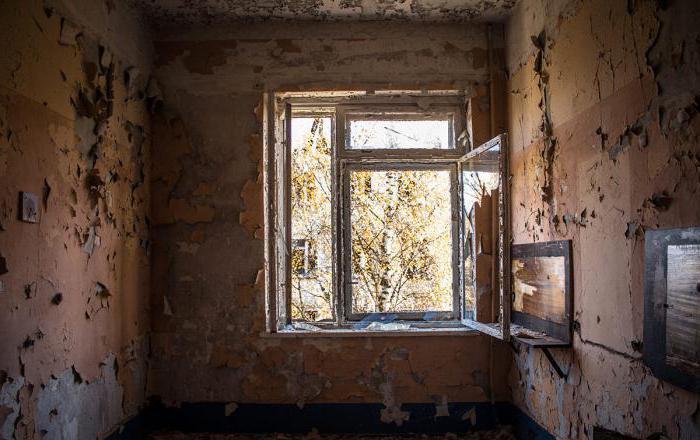 Заброшенные дома: мистические истории и реальные факты