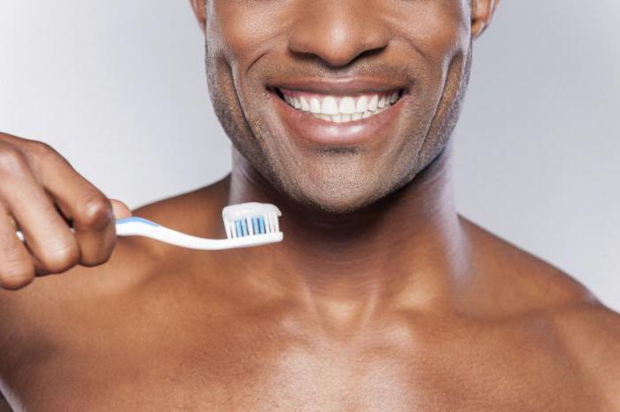 Как снять чувствительность зубов в домашних условиях?