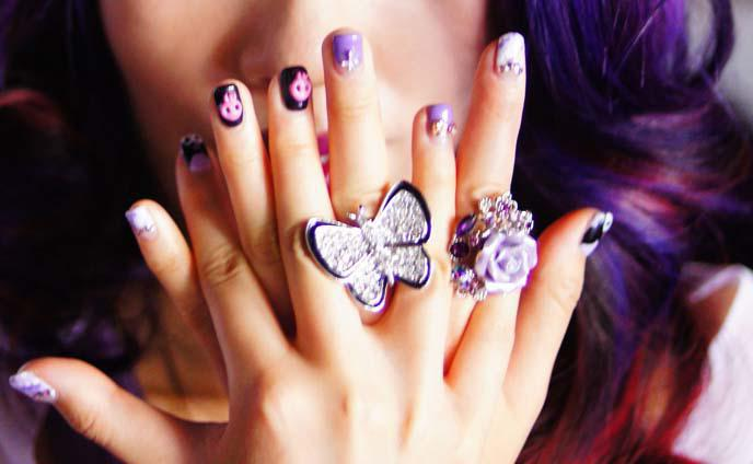 Маникюр фиолетовый: идеи дизайна