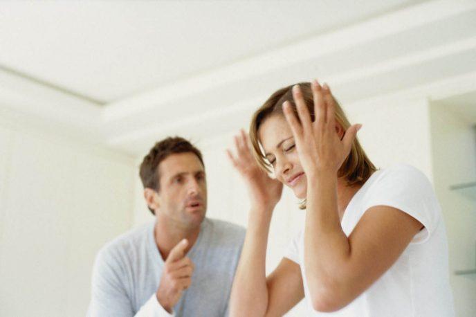 7 типов соседей, которые дико раздражают и отравляют нашу жизнь