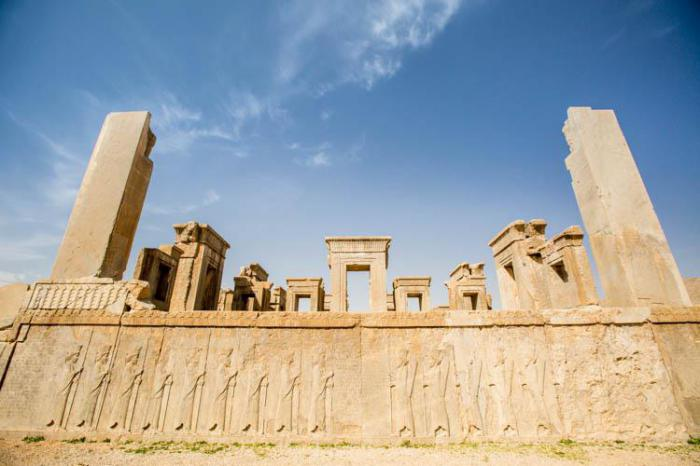 Потрясающая историческая архитектура Ирана: 10 сооружений, которые стоит увидеть