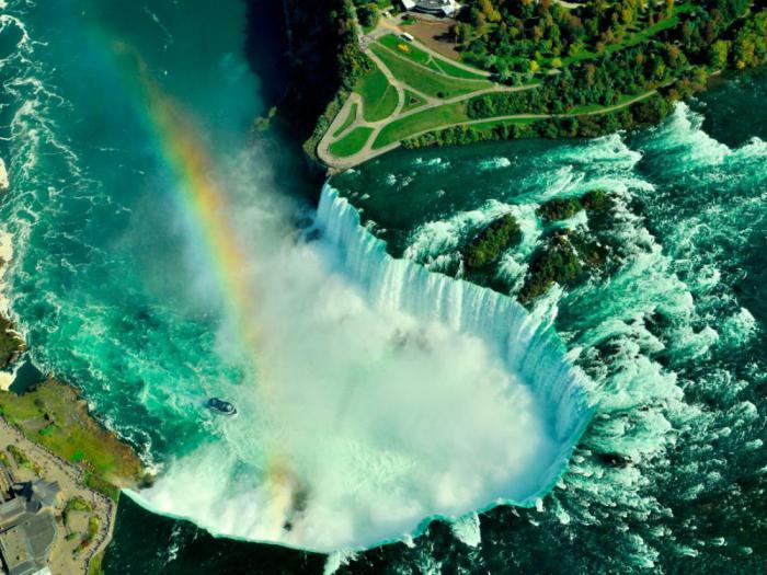 Вы захотите посетить Канаду прямо сейчас: 16 красочных фото