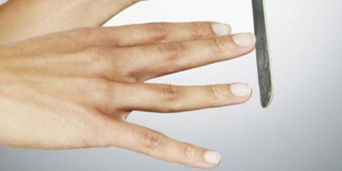 Белые пятна на ногтях пальцев рук: причины появления и лечение