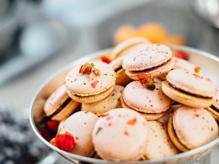 Пальчики оближешь: 27 великолепных десертов, которые можно отведать во Франции