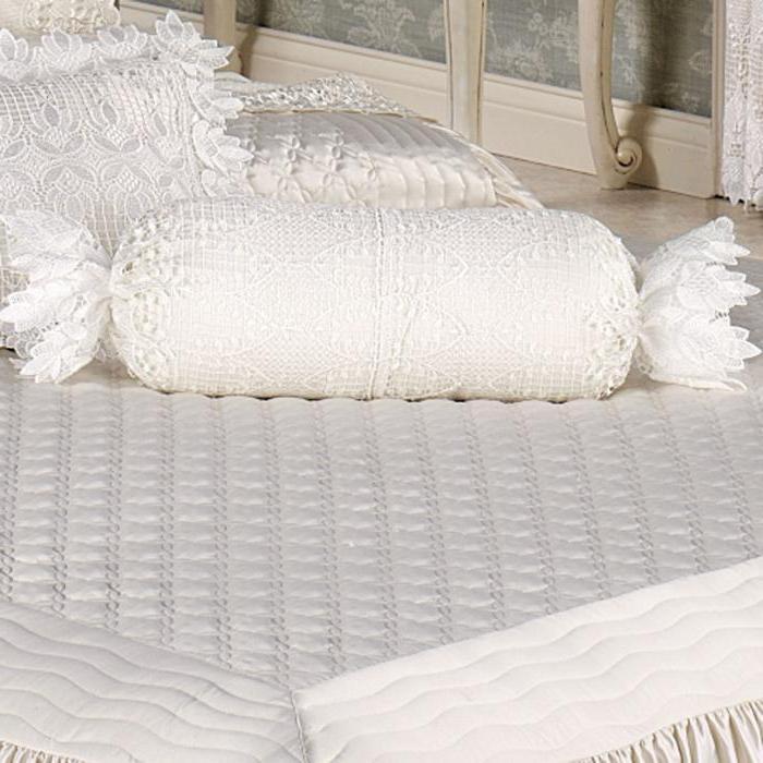 Валик-подушка: как сделать своими руками
