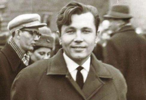 Врач-хирург Леонид Рогозов: биография, деятельность и отзывы