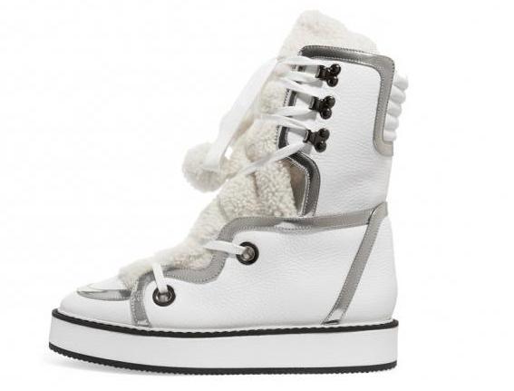С чем носить белые кроссовки? Советы стилистов