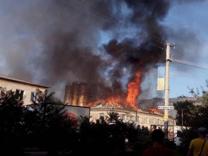 Версии взрыва третьей части всего боезапаса ВСУ