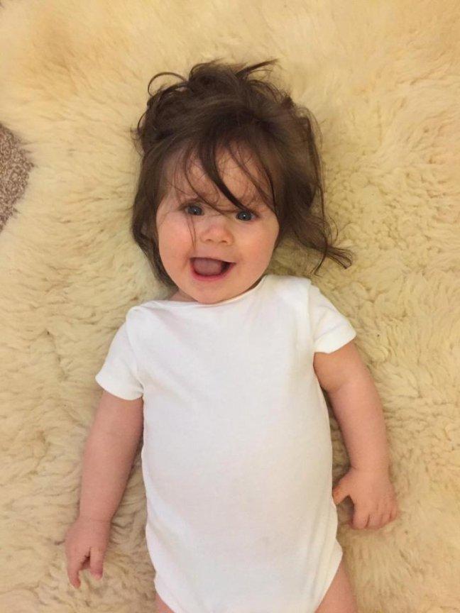 Эта мама родила красивую девочку. Но кое-что в ее внешности удивило даже опытных акушеров!