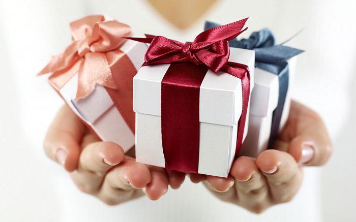 Что подарить девочке на 14 лет на день рождения?