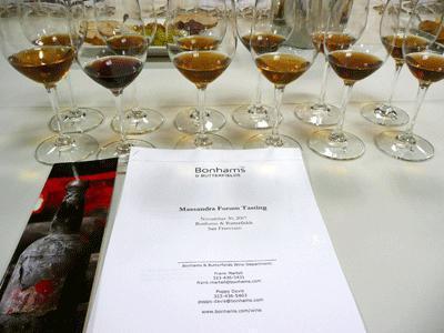 Вино белый мускат Красного Камня (