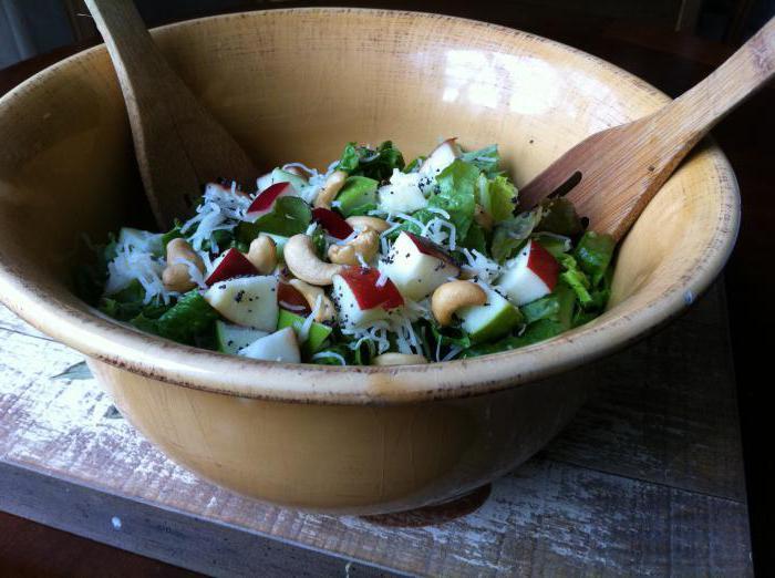 Деревенский салат: ингредиенты, рецепты, секреты приготовления