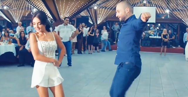 Грузины нереально зажгли на свадьбе. Просто невозможно уследить за их ногами!