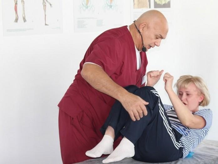 Если начали болеть колени или поясница, запомните: никогда не прикасайтесь к…