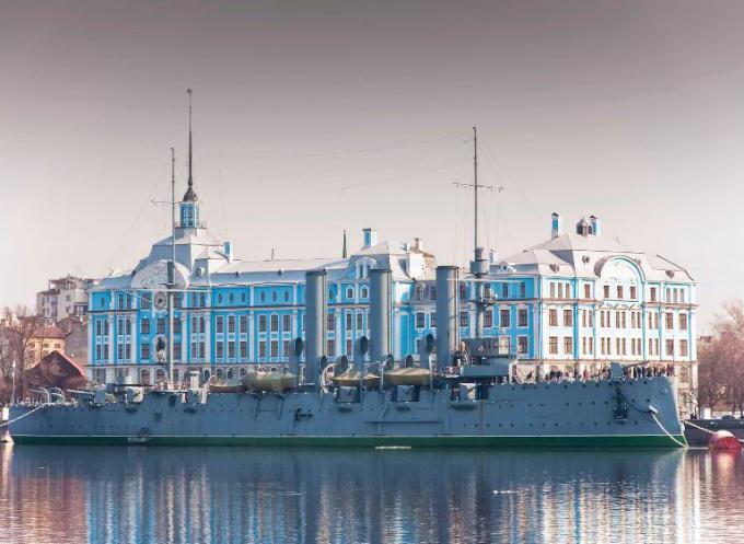Нахимовское училище в Санкт Петербурге